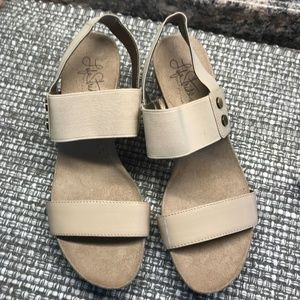 Life Stride Sandals.  Elastic Straps at ankle Tan